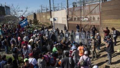 Photo of إريتريا تغلق معبرا حدوديا في وجه الإثيوبيين