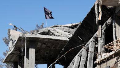 Photo of التحالف الدولي يعلن عن شن ضربات جوية على متشددين في سوريا