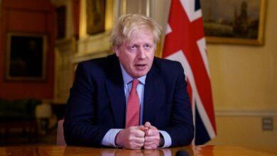 Photo of بريطانيا تفرض قيوداً لمدة 6 أشهر لمواجهة الموجة الثانية من كورونا..