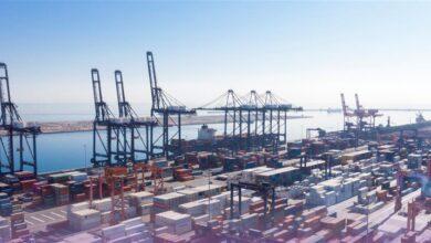 صورة ارتفاع الاستيراد المباشر للسلع والبضائع عبر موانئ السلطنة خلال عام 2020 بنسبة 17 بالمائة..