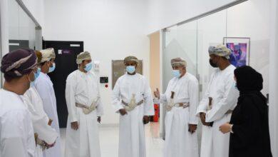 صورة وزير التجارة والصناعة وترويج الإستثمار يتعرف على مشاريع مدينة صحار الصناعية..