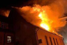 صورة حريق في مبنى تاريخي بولاية بافاريا الألمانية..