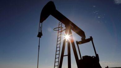 صورة أسعار النفط ترتفع بفضل توقعات بالسحب من مخزونات الخام الأمريكي..
