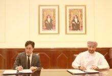 صورة توقيع اتفاقية تنفيذ مشروع الشعاب المرجانية الصناعية بولاية صور..