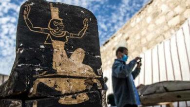 صورة مصر تزيح الستار عن اكتشافات سقارة الجديدة قرب أهرامات الجيزة..